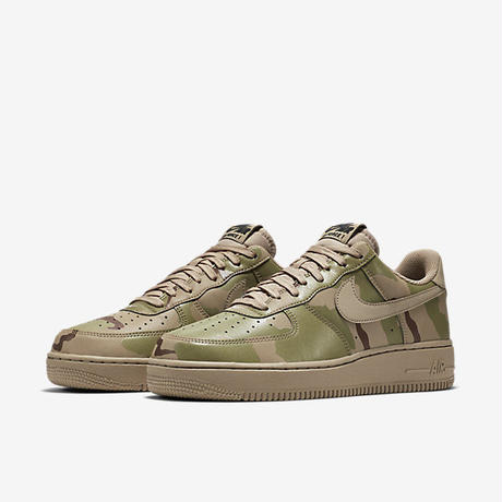 "【ラス1】NIKE ""AIR FORCE 1 '07 LV8"""