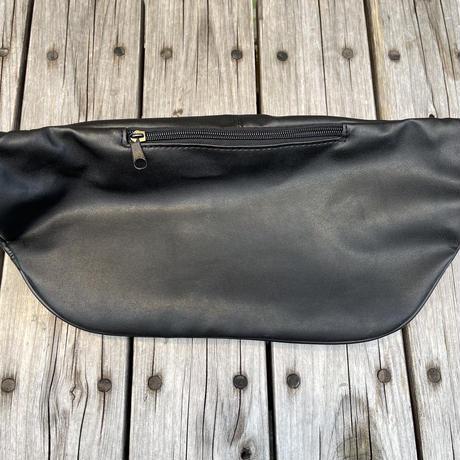 No brand fake leather waist bag (Black)