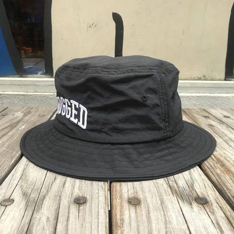 "【残り僅か】RUGGED ""ARCH LOGO"" nylon bucket hat (Black)"