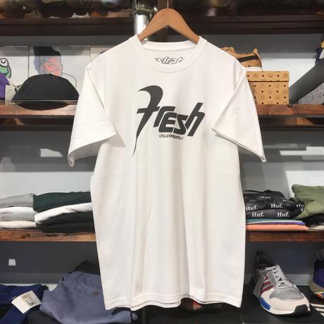 """【ラス1】visualreports """"FRESH"""" tee (White)"""
