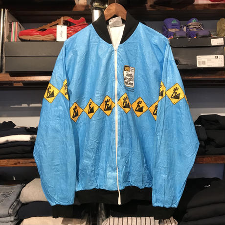 GRAPHICS JACKETS hill run tyvek™️ jacket (L)