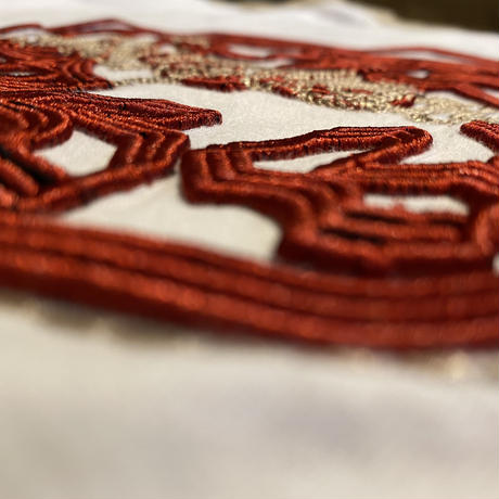 BURGUNDY 3D embroidery tee (L)