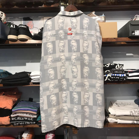Ecko unltd face shirt (XL)