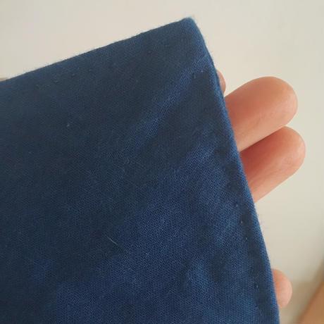ざしきおとなら 藍染めガーゼスタイ