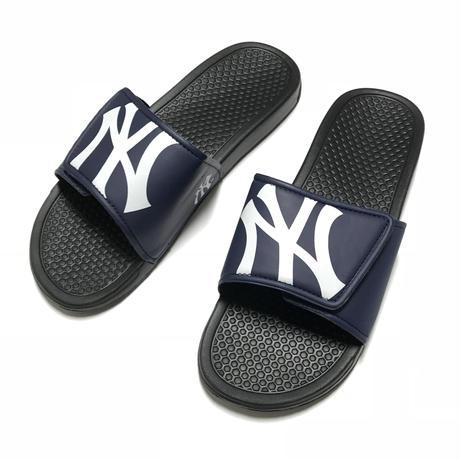 NEW YORK YANKEES SLIDE