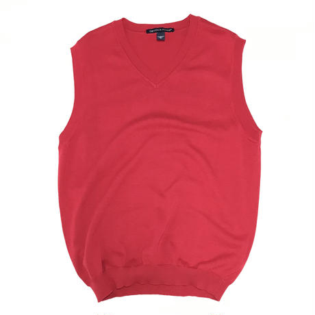 DEVON & JONES V NECK KNIT VEST - RED