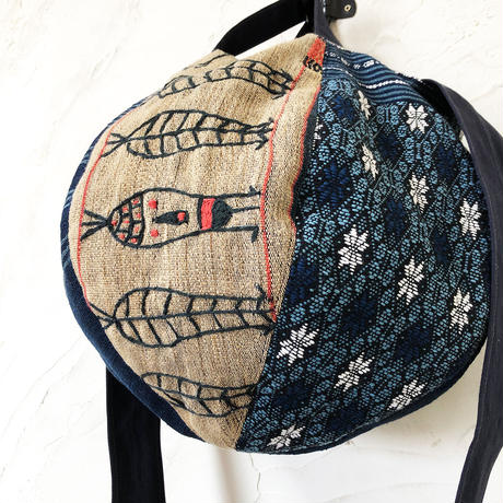 324|ラオス織物・ミャンマー・ナガ族刺繍 ボニーバッグ(B)(size/M)