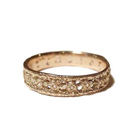 lacy eternity ring