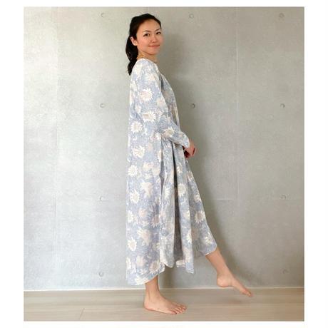 オーガニックコットン&プリント青と白のドレス