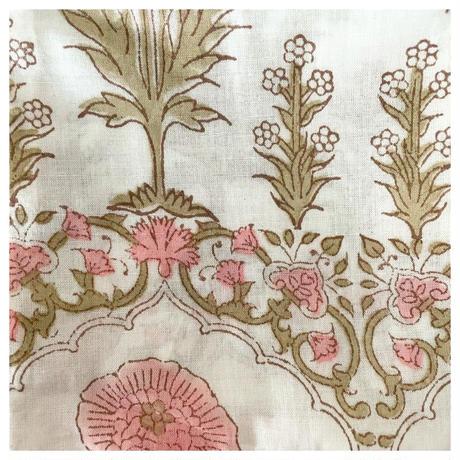 オーガニックコットン&プリントポケット付き白とお花のクルティ