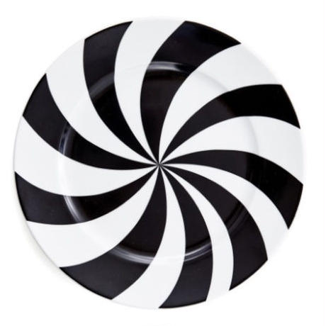 House of Rym_Plate_Hypnotise mesmerise/black