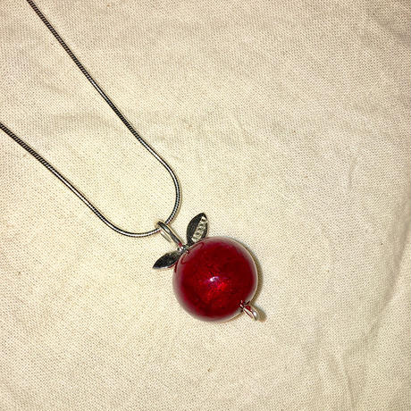 Cali Stockholm_Apple Necklace Red(ネックレス)