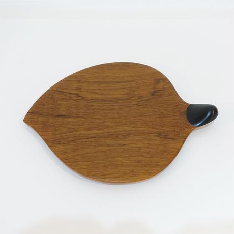 葉っぱ型のお皿 チーク