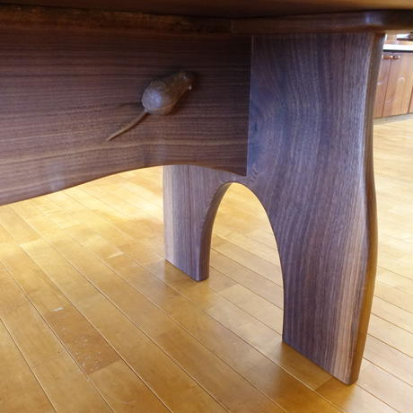 食卓テーブル 猫