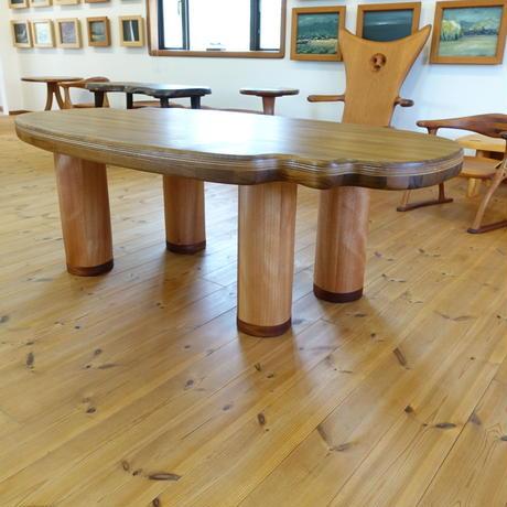 低い食卓テーブル