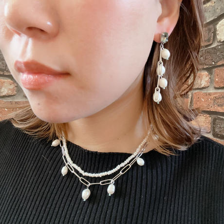 【LIBERTY】_Candy pearls :Lily chain ピアス210304 / イヤリング210404_Silver