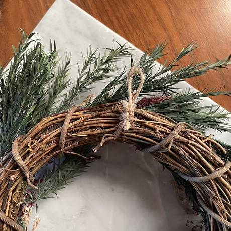 【wreath】A.green