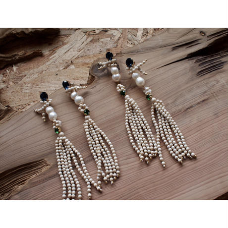 【OLD CITY CRYSTAL】_Long Earrings