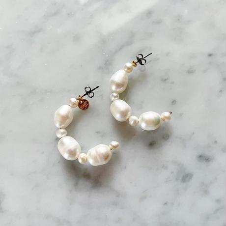 【LIBERTY】_Candy pearls: Half hoop_S ピアス210308 / イヤリング210411