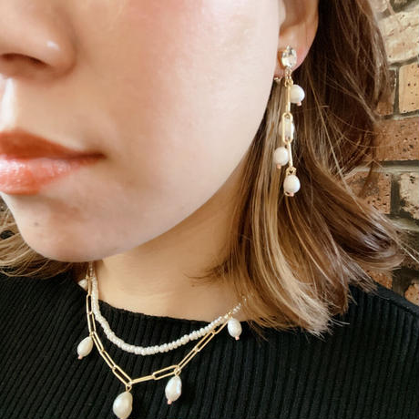 【LIBERTY】_Candy pearls :Lily chain ピアス210303 / イヤリング210403_Gold