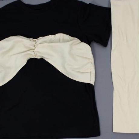 リボン付Tシャツ
