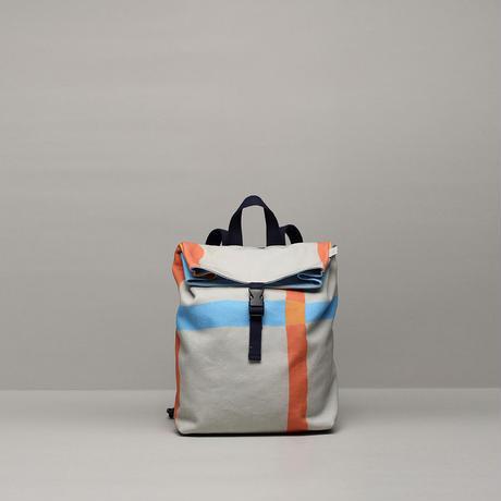 バックパック/オレンジ青色