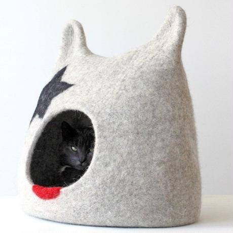 RED CANDY●Kiss Cat Cave/キッスキャットケーブ●SML:W35 x H29 x D28cm●ロッキンペットアクセサリー●世界の猫 GOODS