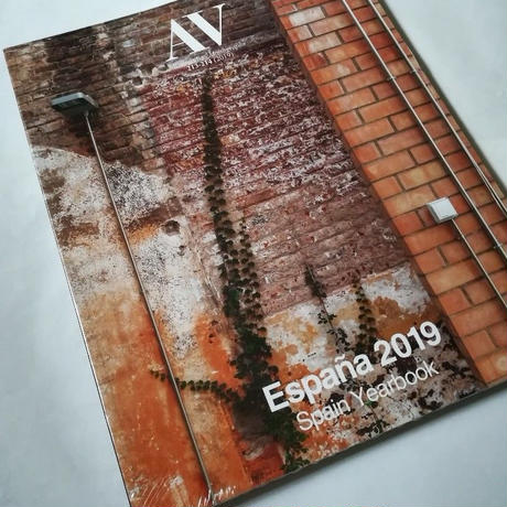 AV 213-214 Spain Yearbook2019
