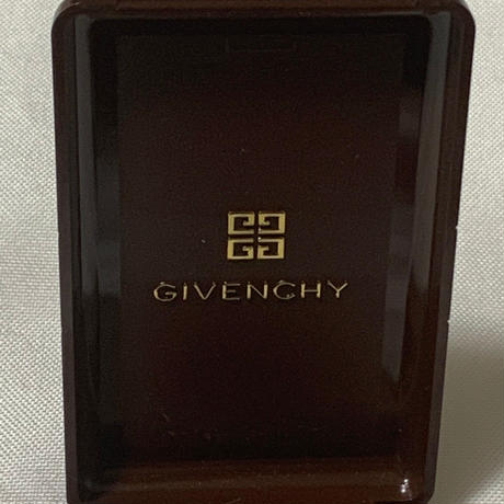 【GIVENCHY】〜from D〜