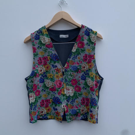 【Ladies Fasbion】  vest〜from D〜