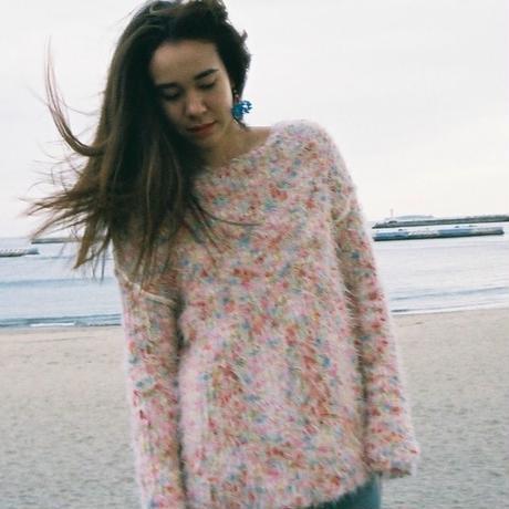 Colorful pom pon knit _ Unisex < Reddish color >