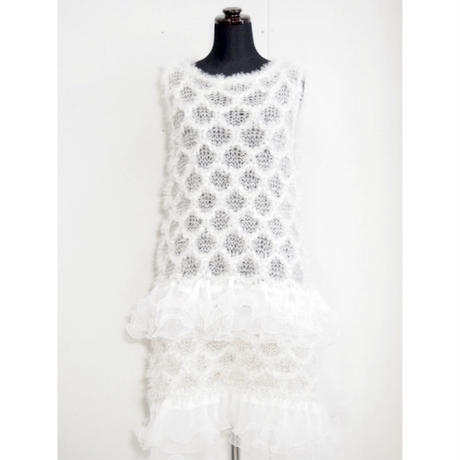 Angel knit one piece < White / Black >