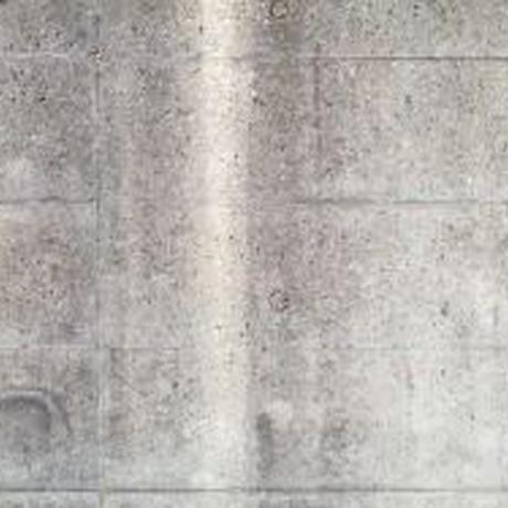 汚れた壁08