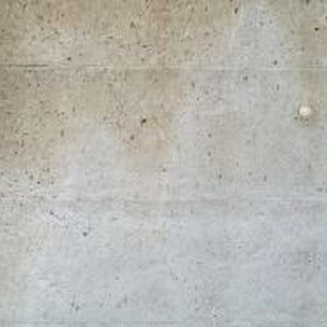 汚れた壁13