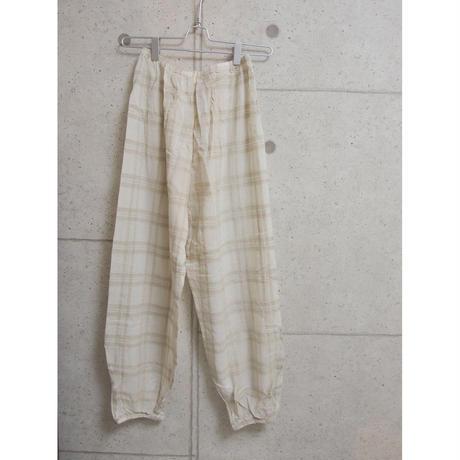 受注発注【8月末〜9月上旬発送】check room pants ベージュ