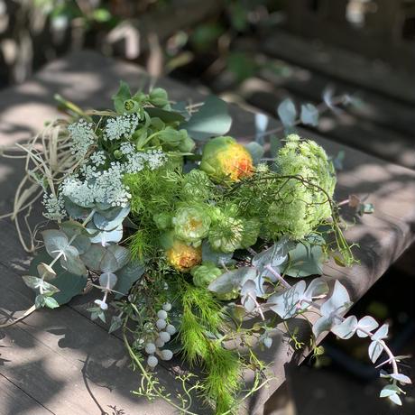 季節のお花の定期便〜フレッシュからのスワッグ