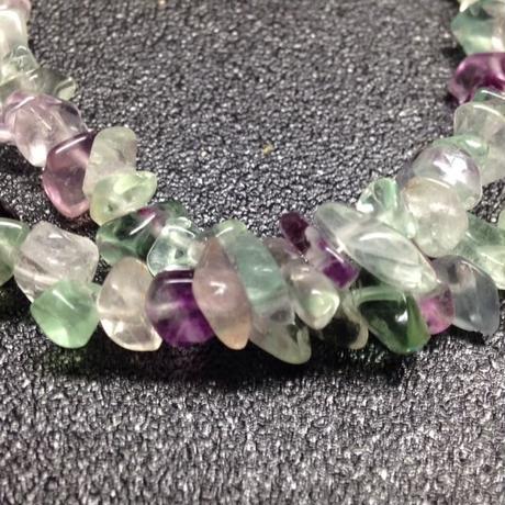 フローラルライトのダブルブレス ~カラーバリエーションの豊かな 石です~
