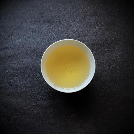 No.321 釜炒り番茶 葡萄の葉と紅茶のブレンド