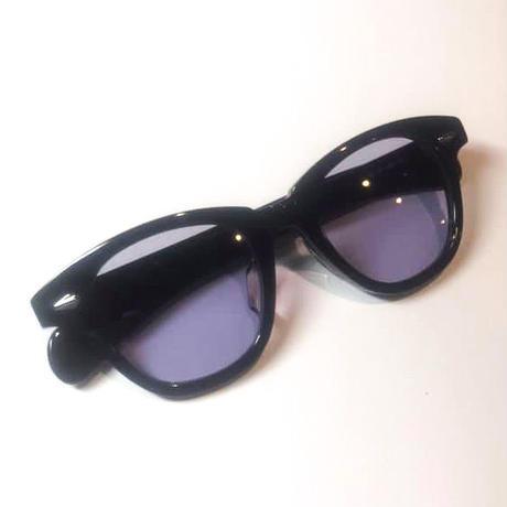 恋するサングラス ブラックフレーム レンズ:パープル