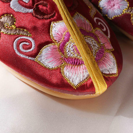 【Select Item】China Embroidery Shoes -Wine Red-
