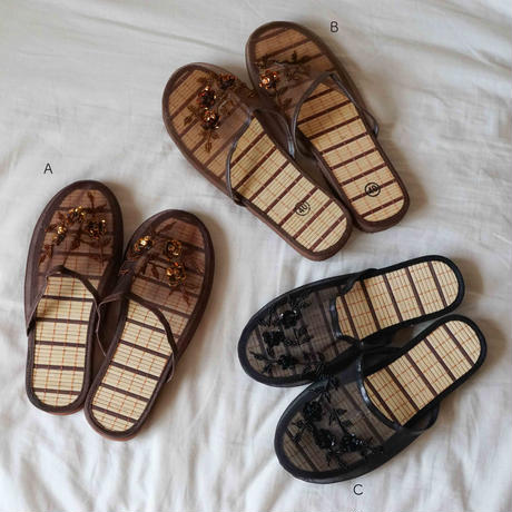 【Select Item】●Outlet● Mesh Beads Sandals