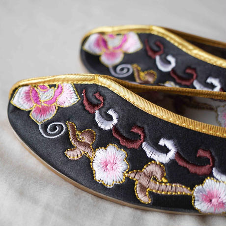【Select Item】China Embroidery Shoes -Black-