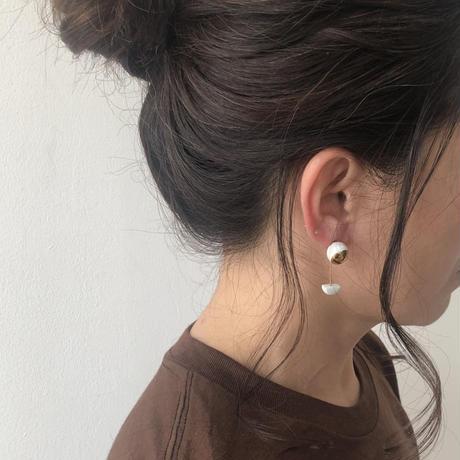 juju made /porcelain pendant half moon earring gold glazed /ジュジュメイド(陶磁器)/ ポーセリン/ 片耳ピアス