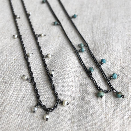 Ishi jewelry / tiny pearl , tiny turquoise / oxidized silver necklace / イシジュエリー