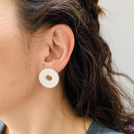 juju made /porcelain disk earrings  /ジュジュメイド/ ポーセリンピアス