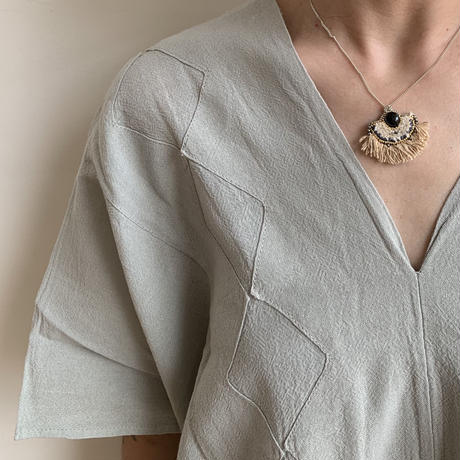 ishi jewelry / necklace  ABRANICO  /  FLECOS  / silver chain with low silk & stone