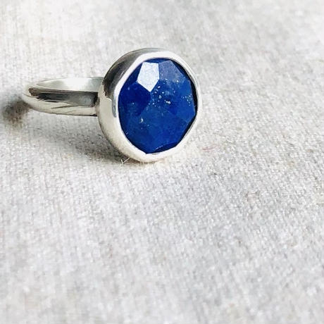 Ishi jewelry / natural stone ring / lapis lazuli / silver ring / イシジュエリー /ラピスラズリ