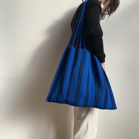 pips / cotton handwoven hammock bag / Blue  x Black