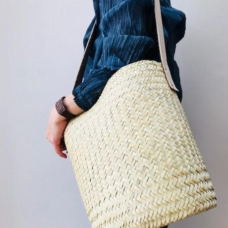 pips  / palm leaf basket drum bag with brown leather handle  / ピップス/ パームリーフバスケットドラムバッグ/ナテュラル