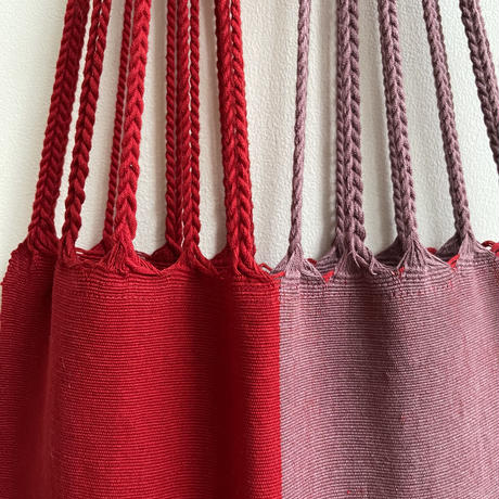 pips / cotton handwoven hammock bag / Red